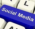 social-media-computer-key-10091684